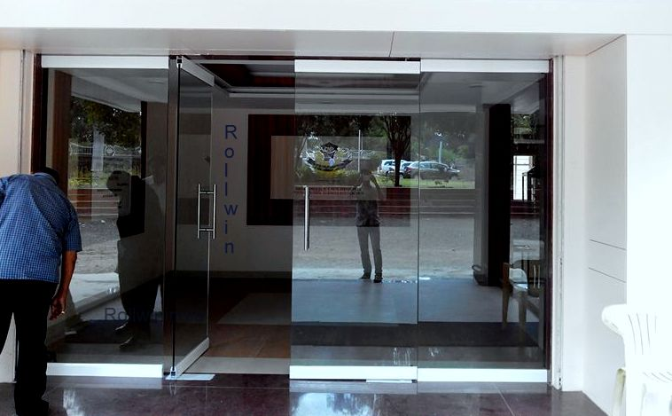 12mm_Toughened_glass_pharamcyCollege